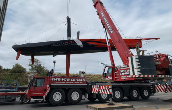 Two way crane in action